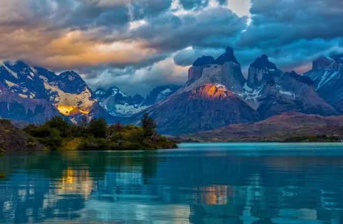 la humildad y el asombro son consecuencias naturales de la contemplación de la creación que señala al Creador todopoderoso
